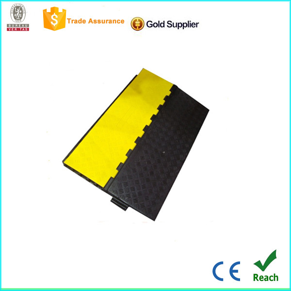 wholesale 5 channels road metal speed reduction hump