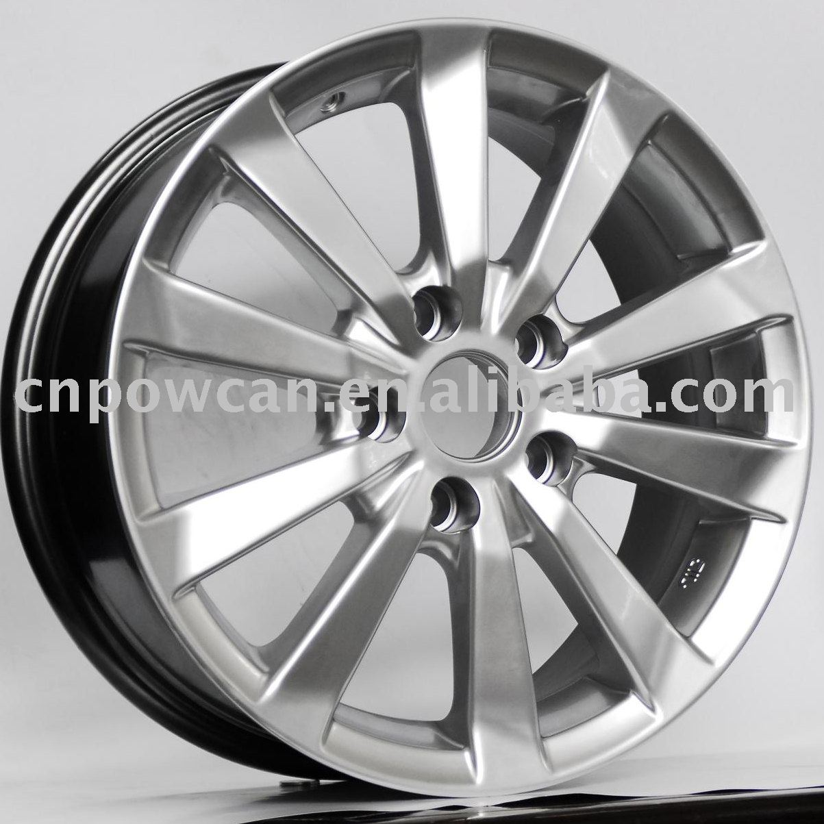 BK104 alloy wheel
