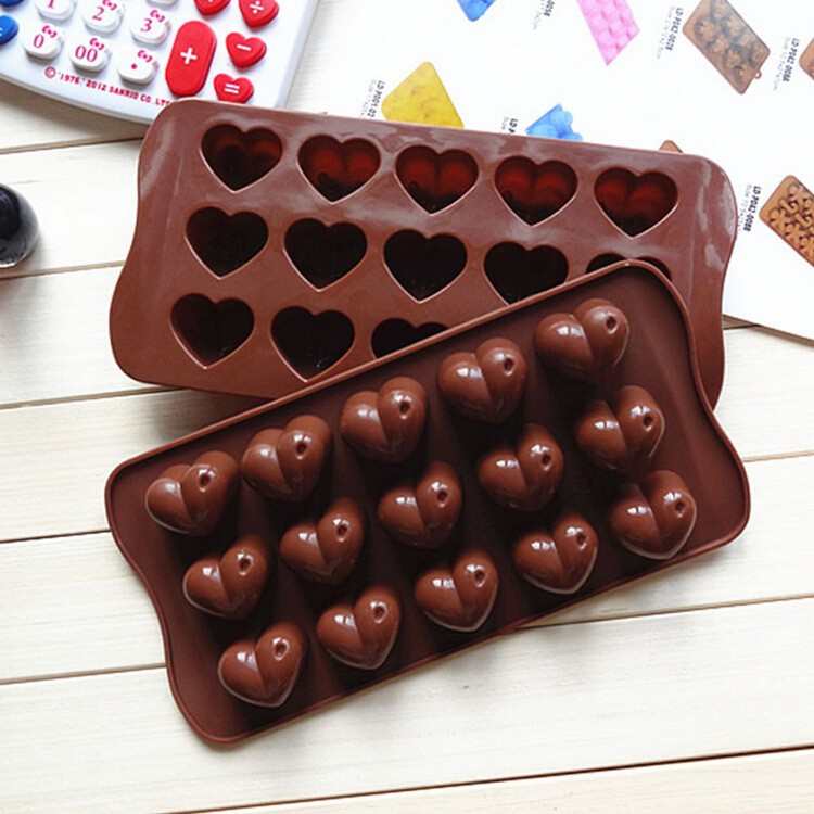 YL108 2015 Silicone cake mould 15pcs anime chocolate mold