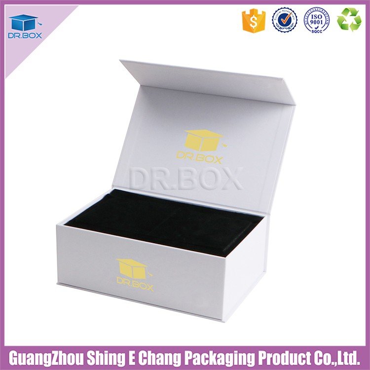 2017 gold foil logo super strong magnet luxury gift box with soft touch paper