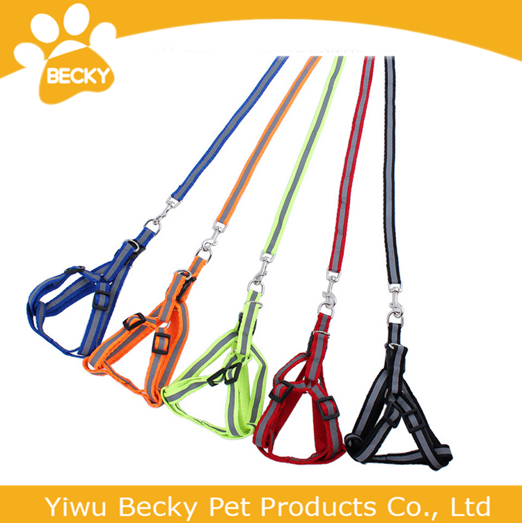 Wholesale Reflective Nylon dog Retractable leash Durable Pet Harness and Leash