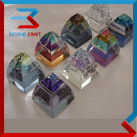 Unique design Colorful crystal glass Pyramid Paperweights as office desk gifts