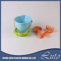 Hot item plastic bulk beach toy