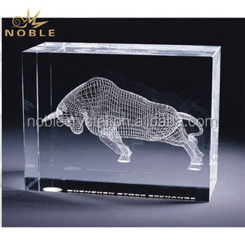 High Quality Custom 3D Laser Engraved Crystal Bison Animal Cube Award