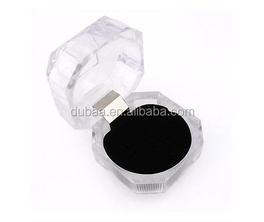Transparent Acrylic Ring Jewelry Box Cheap Imitated Crystal Glass Ring Keeping Holder Ring Gift Cases Jewelry Plastic Gift Box