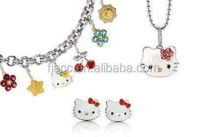Sanrio Hello Kitty metal necklace zinc alloy necklace with beautiful&customized charms