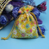 China packing bags supplier cute india wedding pouches fancy small drawstring cotton jewelry gift pouches wholesale