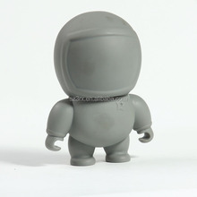 custom vinyl toy for sale/OEM plastic supplier make custom small soft blank dunny grey astronaut vinyl figures factory