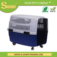 Factory wholesale plastic dog kennels with wheels