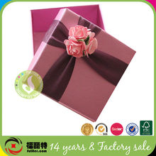 Luxury Paper Cardboard Laser Cut Red Wedding Favor Boxes