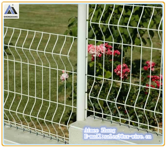 High Quality and low price Triangle Bend Fence(Factory)ISO9001
