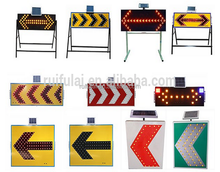 Road construction directional arrow flashing light solar led arrow warning sign