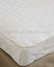 Quilted Mattress Protector (hotel bed linens)