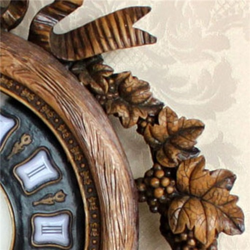 New Arrival Creative Mute Resin Wall Clock