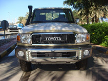 NEW CARS EXPORT FROM DUBAI TOYOTA LAND CRUISER PICKUP DIESEL