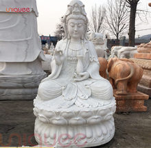 Sitting female buddha statue of protection