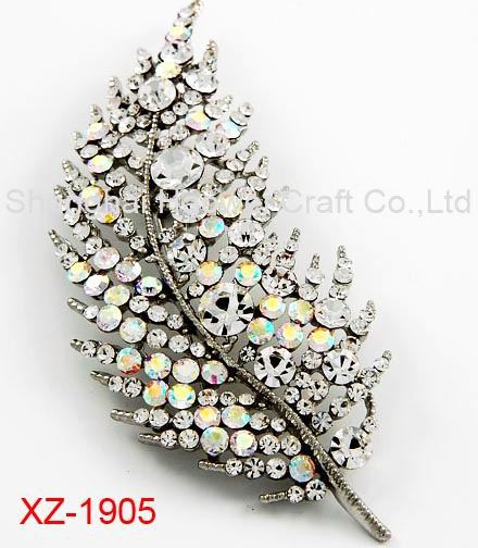 XZ-1905 Factory Popular OEM quality metal flower brooch for 2015