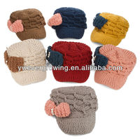 2013 wholesale cable design knitted cap with bowknot cable peak cap ladies winter hats