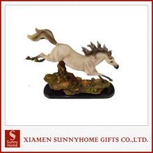 Exquisite Lastest Resin Horse Figurines For Decoration