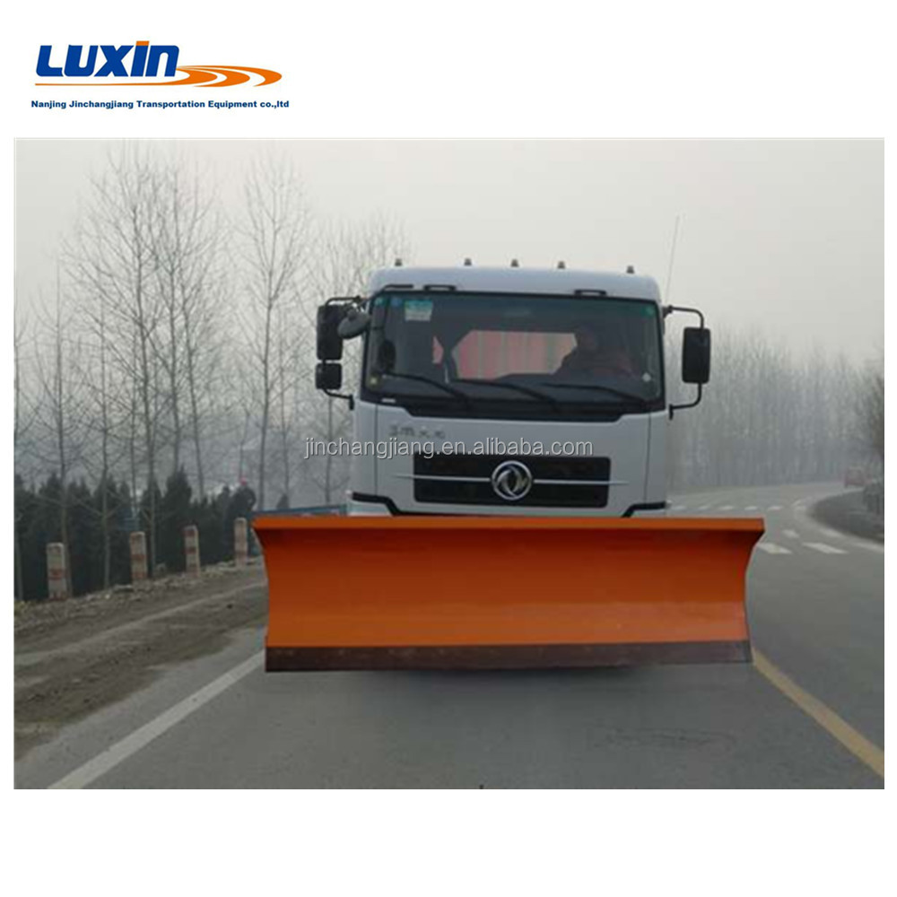 Electric push snow shovel mounted on vehicle for snow removal