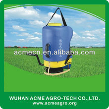 AM-S18 Portable Granule Manual Fertilizer Spreading Machine