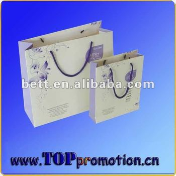 Foil lined packaging paper bag