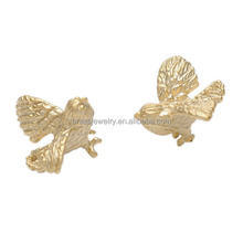 High Quality 18K Gold Plated Vivid 3D Brass Bird Pendant Jewelry Findings