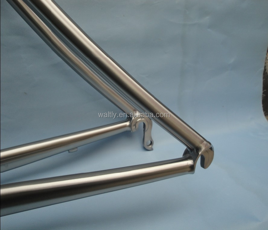 Bend seat stay titanium alloy cheap road bike frames on sale