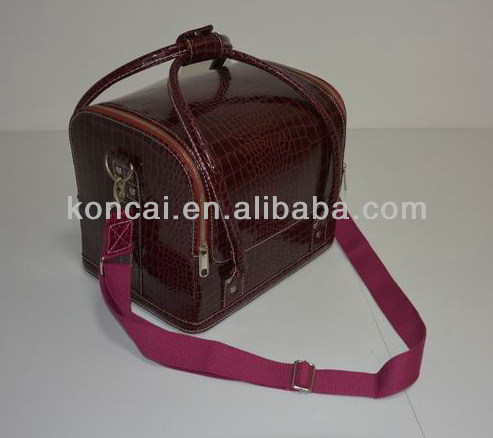 Leather looking high quality PVC makeup case/PVC makeup train case,Elegant & Stylish outlooking