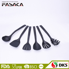 Amazon hot sell economic 6 pieces nylon kitchen utensils soup ladle turner spoon spaghetti server body and handle integrated