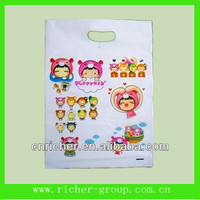 Cute printed plastic reinforce patch handle die cut bags for shopping cartoon bags for children