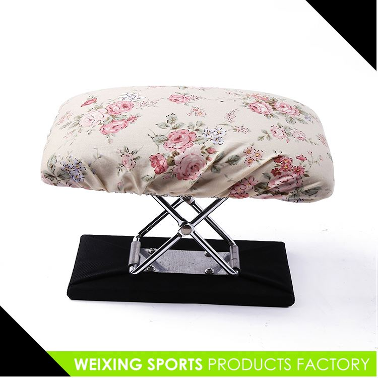 Wholesale prices custom design portable folding stools fast delivery