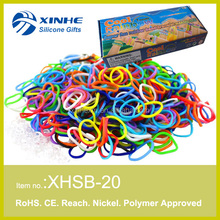 DIY twistz bandz silicone rubber loom bracelet with C/S clip