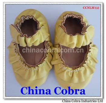 2015 newest popular soft sole leather baby moccasins CHINA COBRA camo moccasins