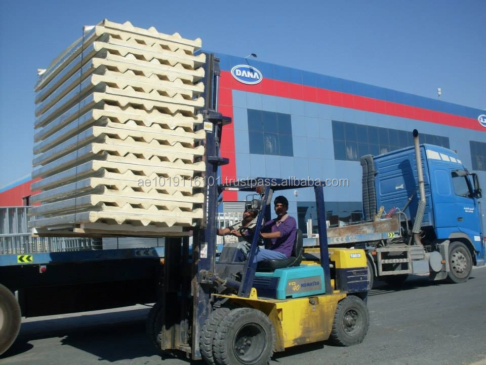 Sandwich Panels for Roof-Wall in Steel-Aluminium UAE