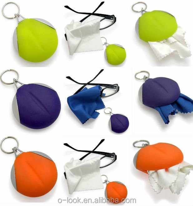 Promotion and easy carry Microfiber Cleaning Cloths with keychain