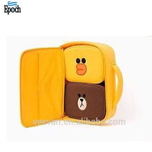 Hot sale yellow duck printed vintage neoprene lunch bag for kids,lovely insulated thermal bag