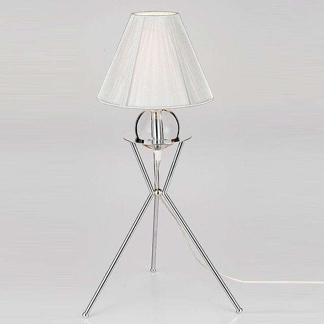 China Factory Provides New Version Silver thread Fabric table lamp