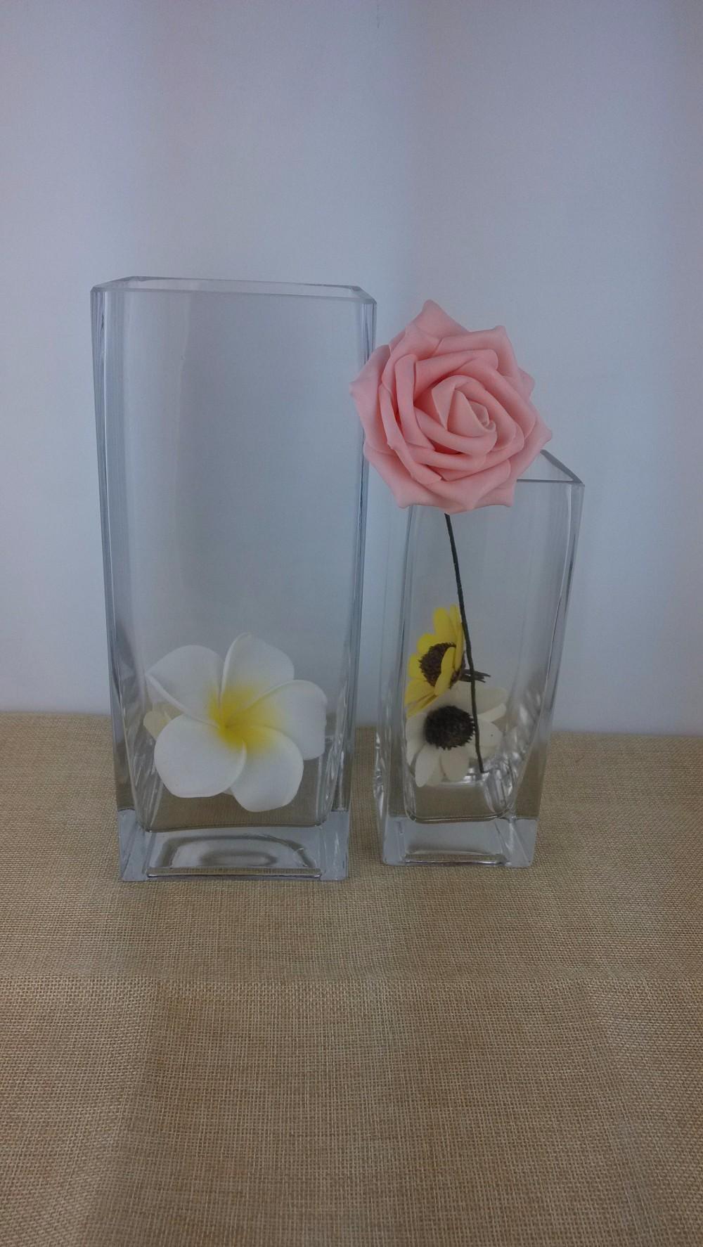 Handblown crystal rectangular glass vase for wedding