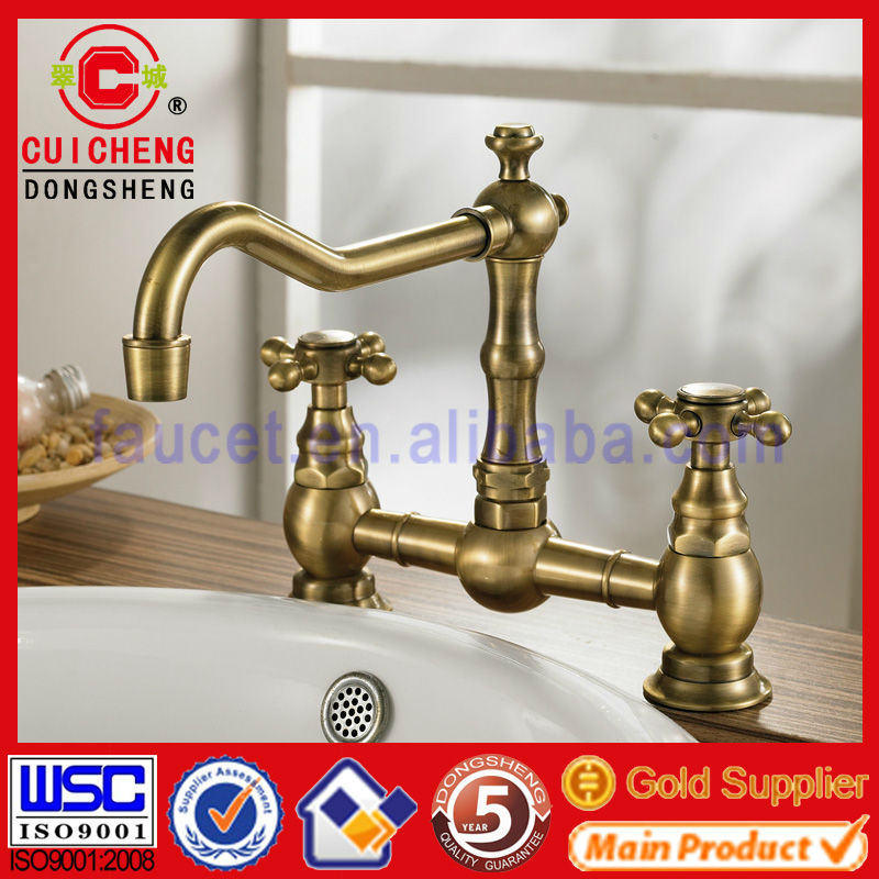 old fashioned double handles wash basin faucet with flexible spout