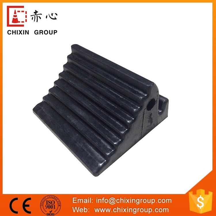 Not Easy To Deform Safety Rubber Truck Wheel Chock