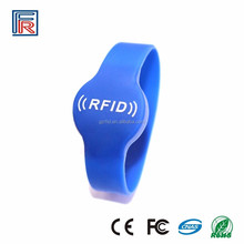 Custom printing Waterproof rfid smart bracelet silicon with ntag213 chip nfc gym wristband