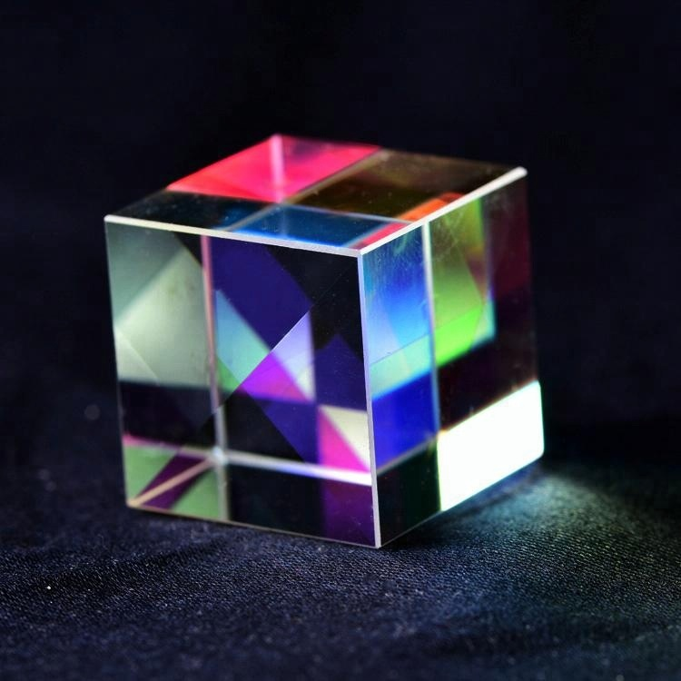 Wholesale custom made Defective Cross Combiner Dichroic X-Cube Micro Optical Crystal Glass triangular Prisms