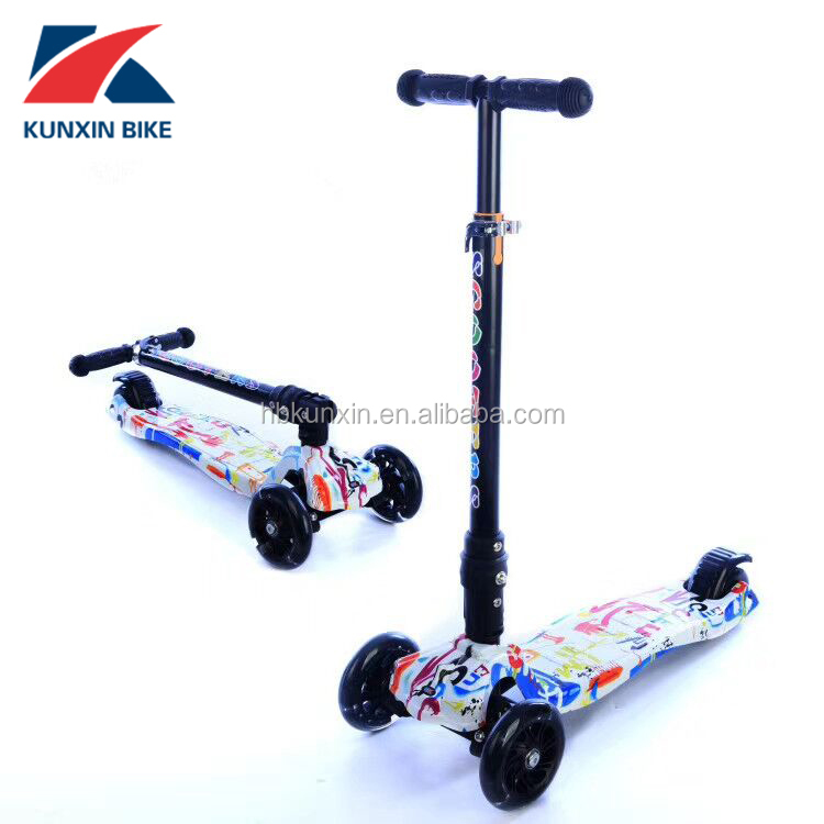 fold kid scooter with pu flashing wheels Cheap plastic pedal child kids kick scooter made in China