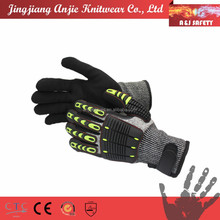 Shock resistant knuckle protection protective mechanic gloves
