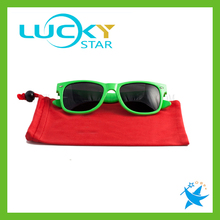 Plastic sunglasses with microfiber sunglasses bag pouch custom OEM sunglasses for promotion