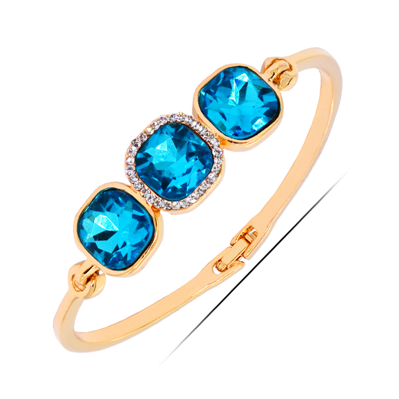<strong>W140</strong> Luxury Austrian Crystal Women Bangle 18K Gold Plated Jewelry 2017 Latest Design Bangle Wholesale Women's Day Gifts