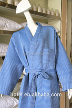 wholesale factory supply high quality quick dry yarn dyed waffle bathrobe for women and men