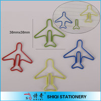 color and easy used airplane paper clips