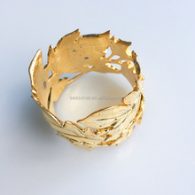 Factory supplier newest Gold leaf napkin ring for wedding